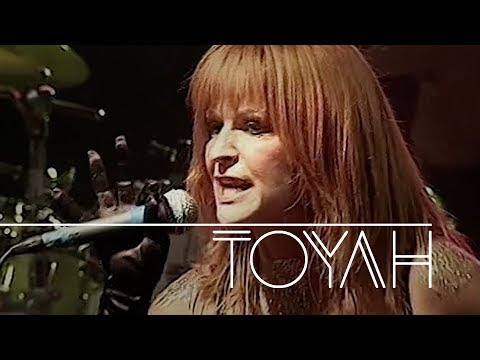 Toyah - She Sells Sanctuary (Wild Essence Live In The 21st Century, 02.11.2005) OFFICIAL