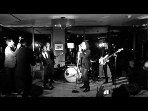 Vintage Trouble (feat. Paul Stanley) - You Shook Me (Live)