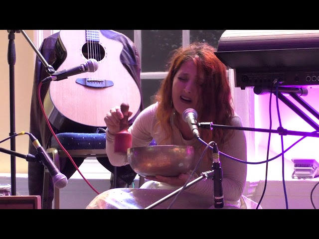 Eleonora Velka-Sai - Mantratherapy (Live in London)