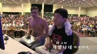 Repeat youtube video 미국인 도발에 발라버리는 한국남자의 패기 (자랑스런 한국인)