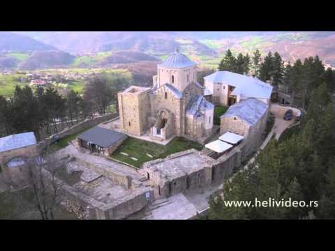Manastir Djurdjevi stupovi snimak iz vazduha