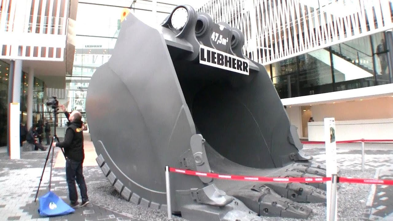 Giant Bucket For The 800 Tons Liebherr R9800 Bauma 2013