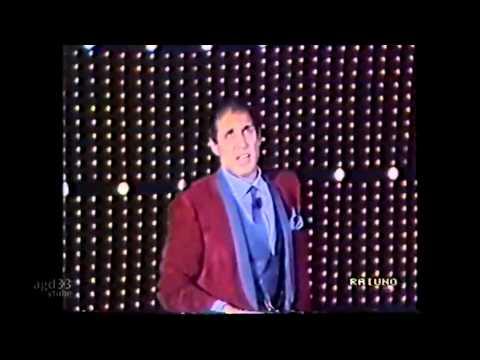 Adriano Celentano La pubblica ottusita A Capella Fantastico 8