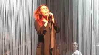 Anna Oxa Un'emozione da poco live 22 marzo 2013 Roma