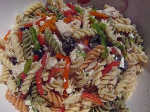 GREEK CHICKEN PASTA SALAD - How to make a GREEK PASTA SALAD Recipe