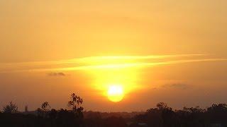 Download lagu Pemandangan Senja Ketika Matahari Terbenam Slideshow MP3