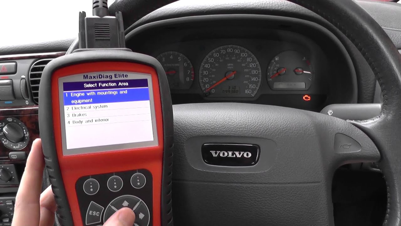 hight resolution of volvo s40 engine warning dash light diagnose reset video autel md802 ds