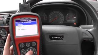 Volvo S40 Engine Warning Dash Light Diagnose & Reset Video Autel MD802 DS
