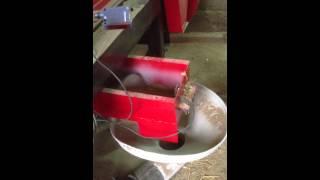déchiqueteur démelleur pour balle de paille, vue de la sortie+ transport penumatique