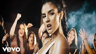 Dayanara - Pobre Y Triste (Official Music Video)