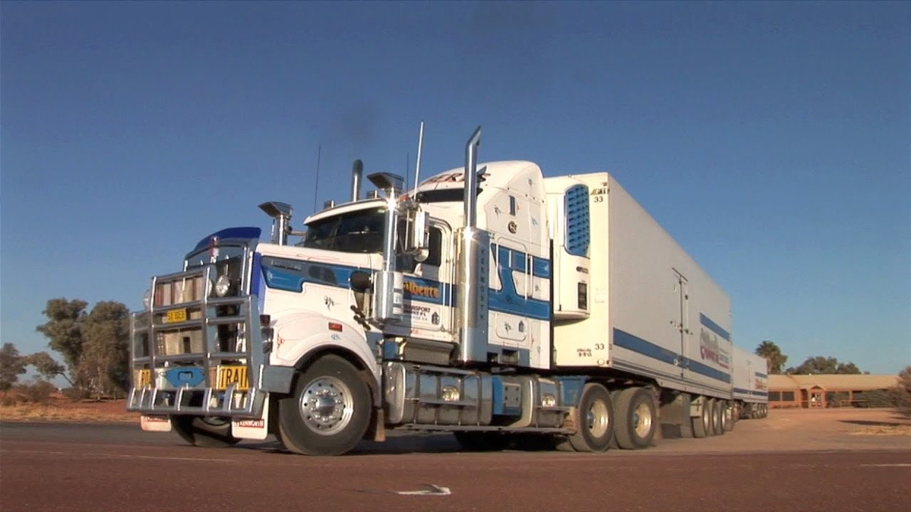 Gilberts Kenworth T909 & T904 On Triple Road Trains At