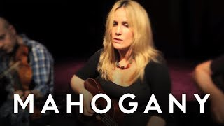 Heidi Talbot - Start It All Over Again // Mahogany Session