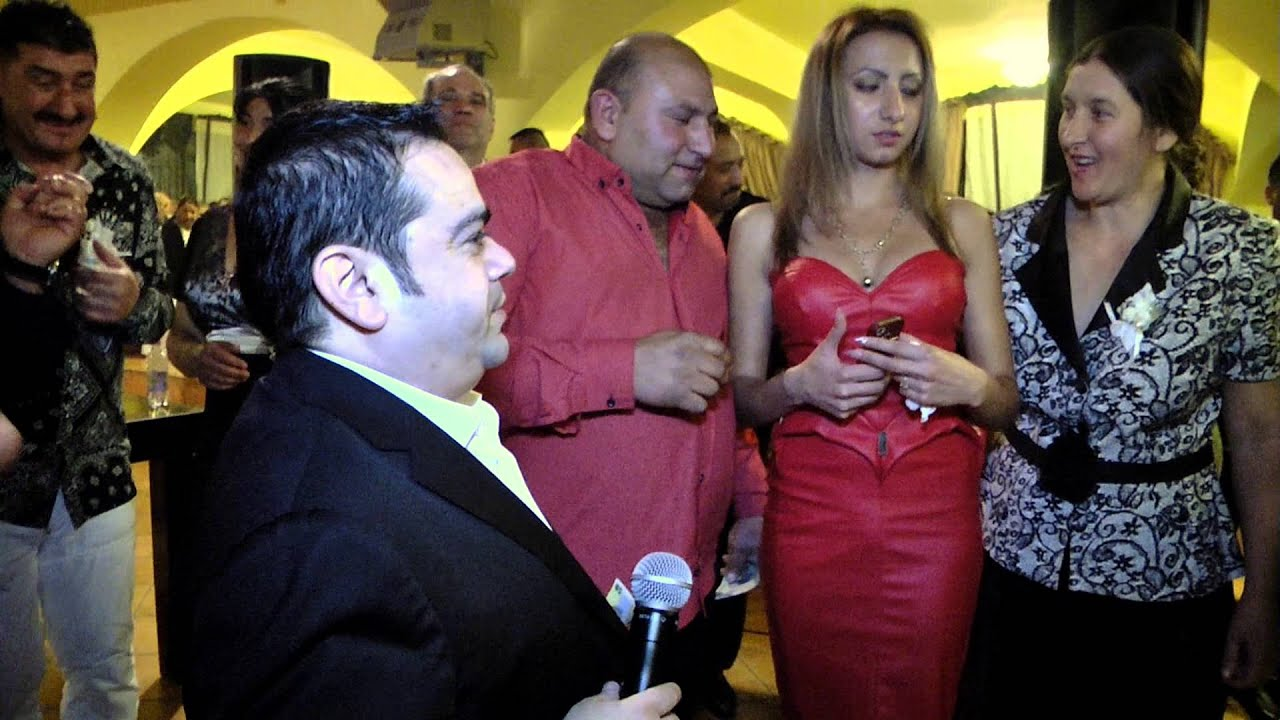 Adrian Minune canta si  muzica populara