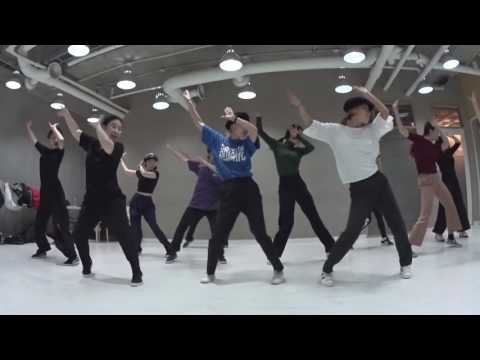 "[Soul & Waacking Choreography] Bruno Mars / Earth Wind & Fire ""JINI"""