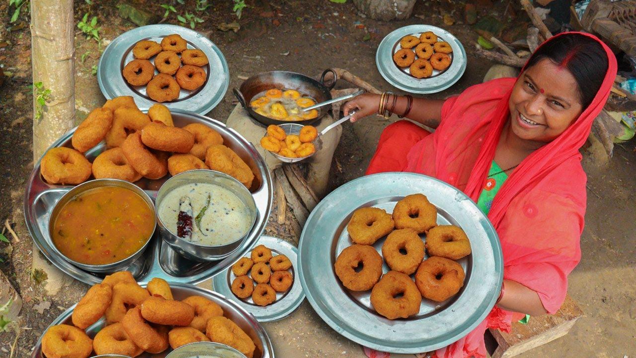 KING of VEGETABLE Recipe   SAMBAR & VADA Recipe Traditional Snacks   Cooking Crispy Vada Sambar