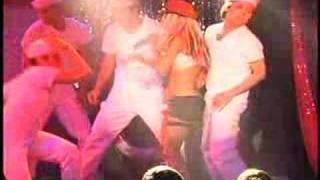 Christina Aguilera does the Pussycat Dolls
