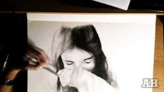 The girl speed drawing.