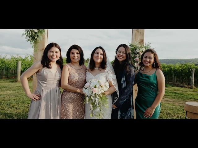 A Wedding at Big Cork Vineyard - Beautiful And Romantic