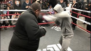 SPEED & POWER! LAMONT PETERSON SMASHES THE PADS @ MEDIA WORKOUTS / SPENCE v PETERSON