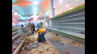 Ciudadanos registraron el saqueo del supermercado Líder en el El Limón, Maracay, Edo. Aragua.