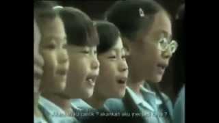 Video Doris Day - Que Sera Sera / Whatever Will Be, Will Be (cover children's choir in Thailand) download MP3, 3GP, MP4, WEBM, AVI, FLV Maret 2018