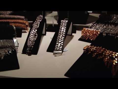 Los Angeles Showroom: Global Diffusion