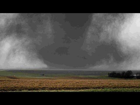 05-24-16 Storm Chase  Dodge City, Kansas Full Chase
