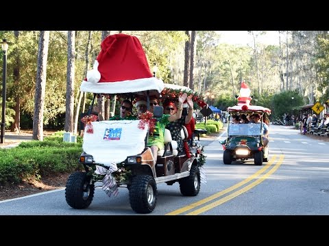 Disney's Fort Wilderness Christmas Golf Cart Parade 2016 Led By Daisy Duck, Walt Disney World