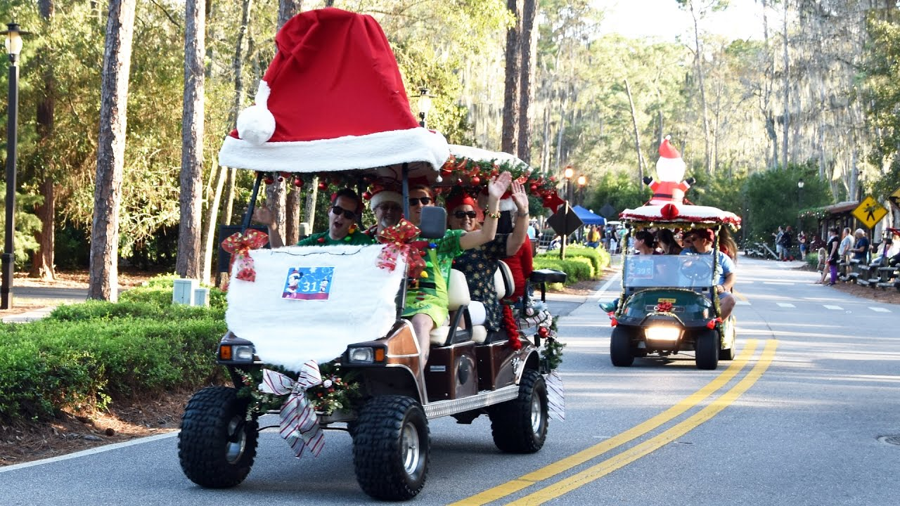 disneys fort wilderness christmas golf cart parade 2016 led by daisy duck walt disney world youtube