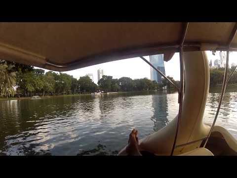Bangkok Lumphini Park Swan Boat 18 10 2012