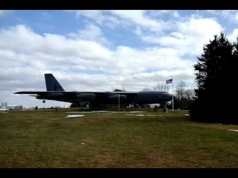 Tour cruise missle and b52 bomber (griffiss air park rome ny )