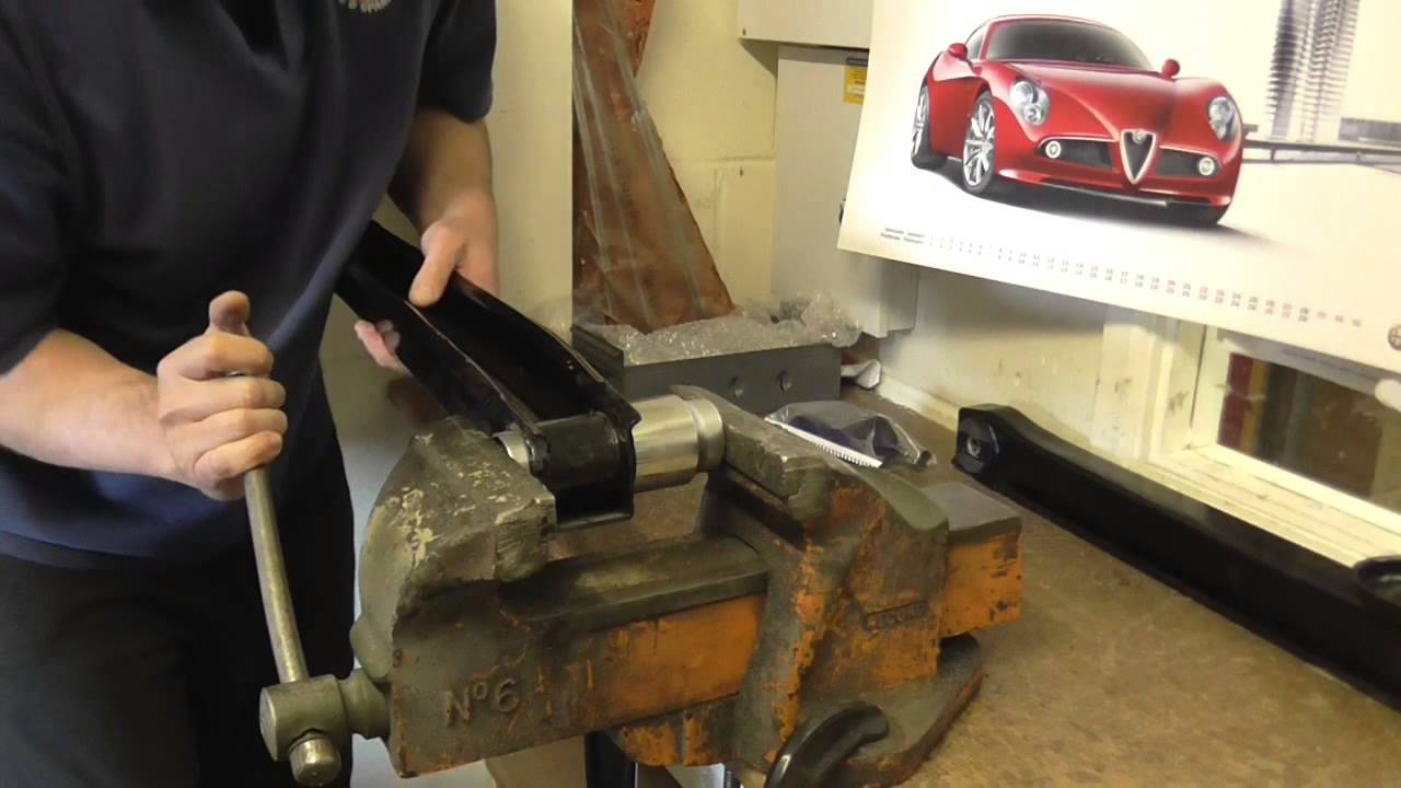 Alfa Romeo 105 Series Trailing Arm Bush Fitting Youtube Gt 1300 Junior Restoration Windscreen Wiper Motor