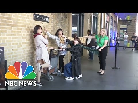 Fans Celebrate Twenty Years Of Harry Potter   NBC News