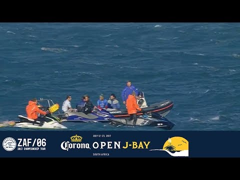 Shark Scare Puts the Corona Open J-Bay 2017 Contest on Hold