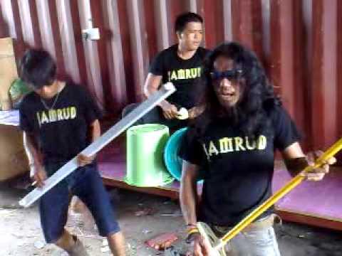 Jamrud - Hallo Penjahat