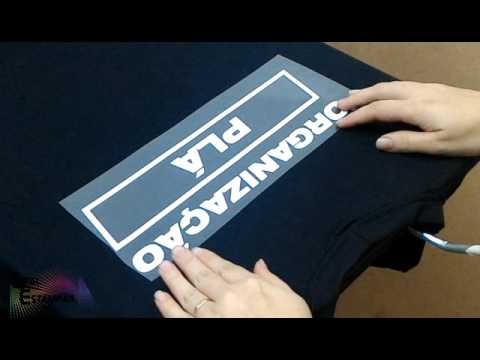Aplicação de Power Film em camisetas
