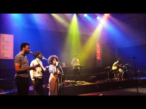 LOST (Camélia Jordana) - Live au studio 105 Mp3