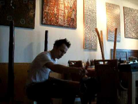 Didgeridoo repair by Magic White Fella