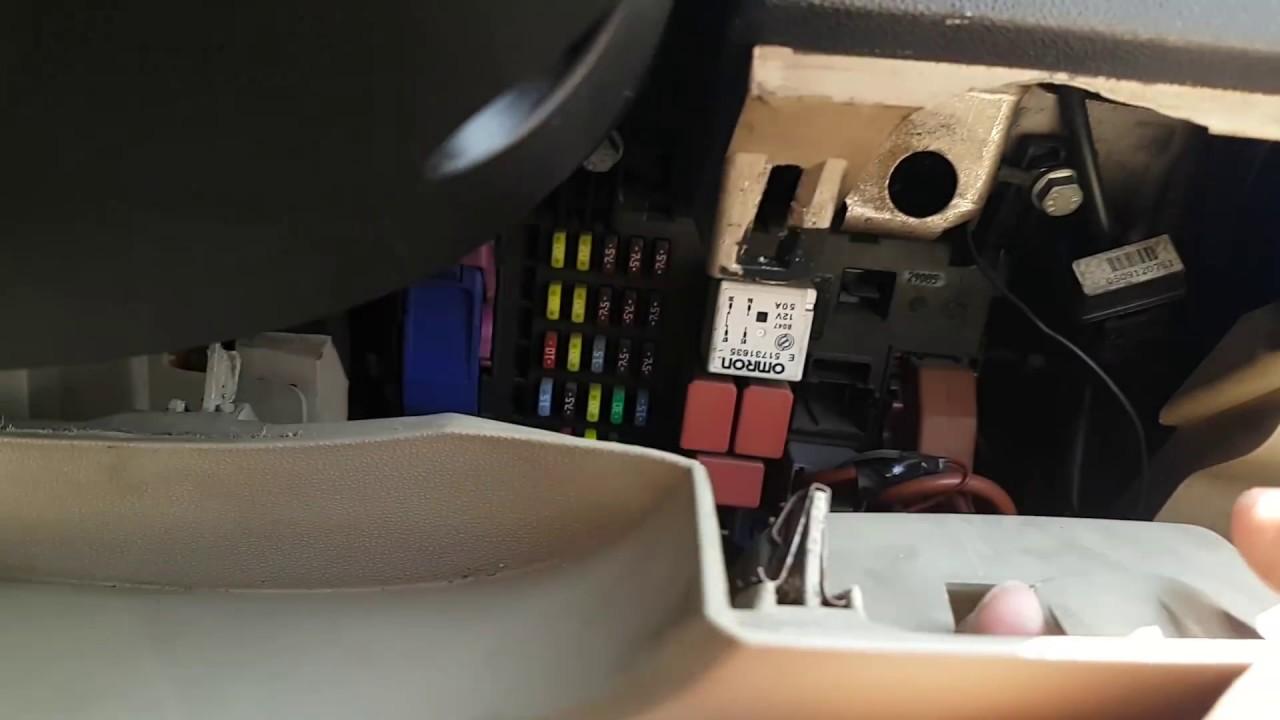 Fiat Grande Punto Fuse Box Glove Compartment | Wiring Diagram