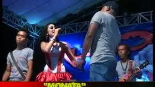 Penyanyi seksi Dangdut Koplo Monata #KELANGAN