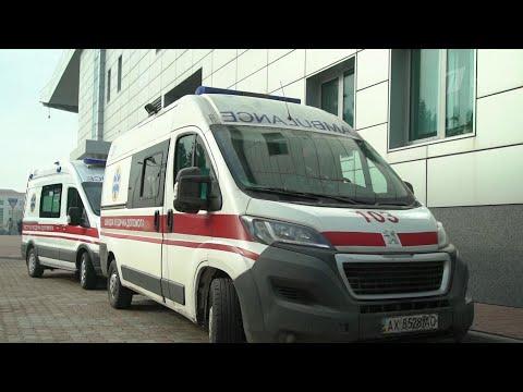 В Иране всего за сутки коронавирус выявлен еще более чем у 830 человек, 77 пациентов скончались.