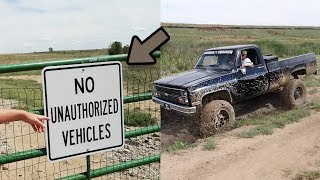 One of Live2Thrill's most viewed videos: Finding a SECRET Mudding Spot!!