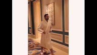بعد فيديو «الطيارة والروب».. محمد كريم: أفعل ما يفعله مشاهير هوليوود