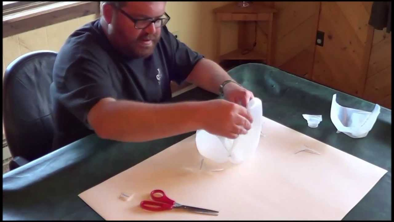 how to make a money box out of a bottle