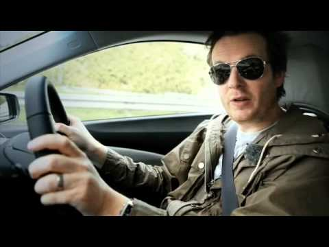 Jason Barlow's video review of the Honda CR-Z sporty ...
