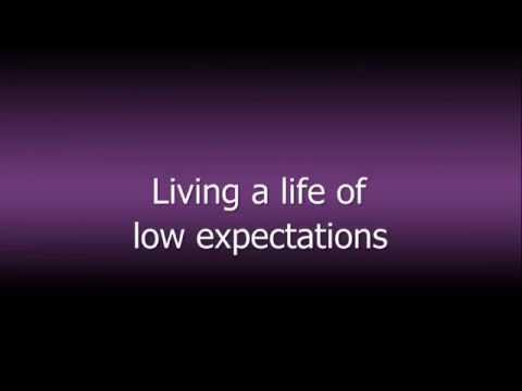 Low Expectations - Anti Flag (lyrics)