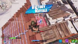 I DON'T KNOW HOW I CLUTCH THIS SOLO VS SQUAD 1v4 ( MUST WATCH)
