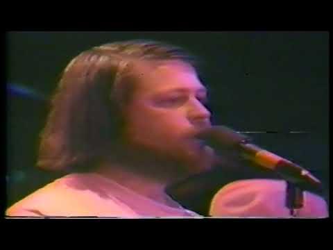 The Beach Boys Live 1977 Surfer Girl Falsetto Brian.