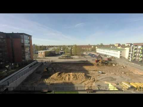 Construction time lapse: Diggers move sand and spread gravel (part 4)
