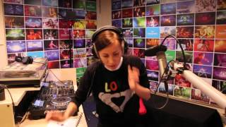 Lady Waks In Da Mix #357 (09-12-2015)